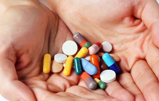Mơ thấy uống thuốc